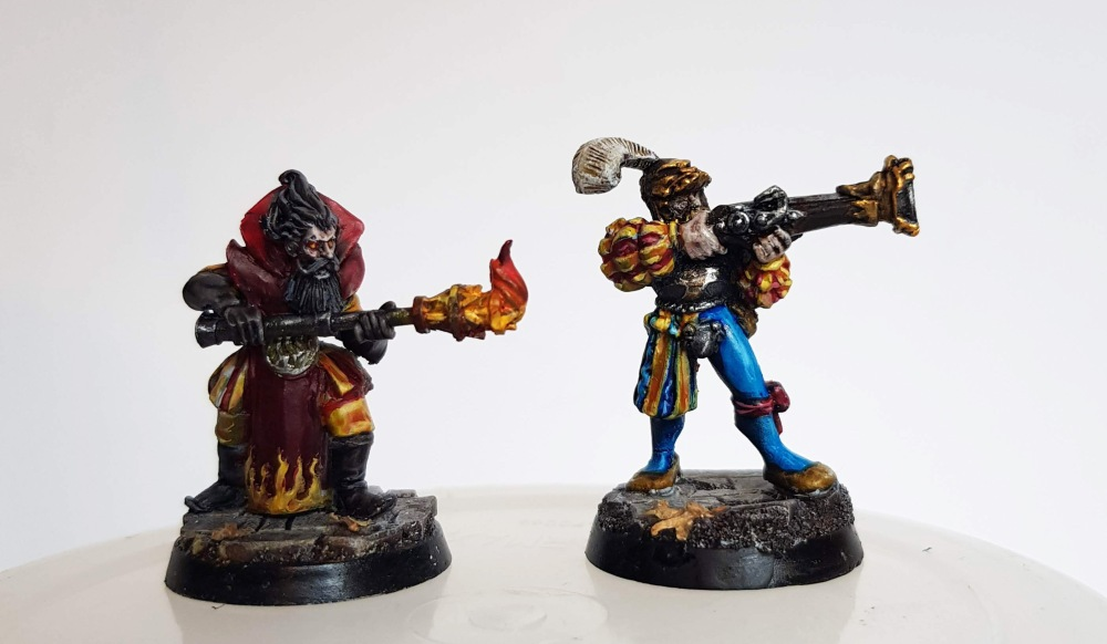 Westfalia miniatures fire wizard and games workshop war wagon blunderbluss crewman mordheim marienburgers